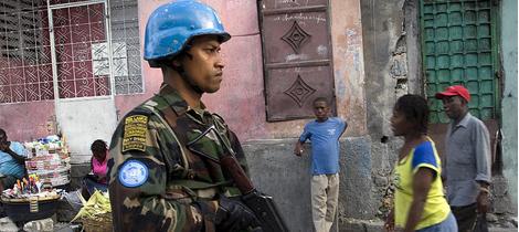 L'azione di peacekeeping dell'ONU mira a rafforzare lo stato di diritto nelle zone calde del pianeta